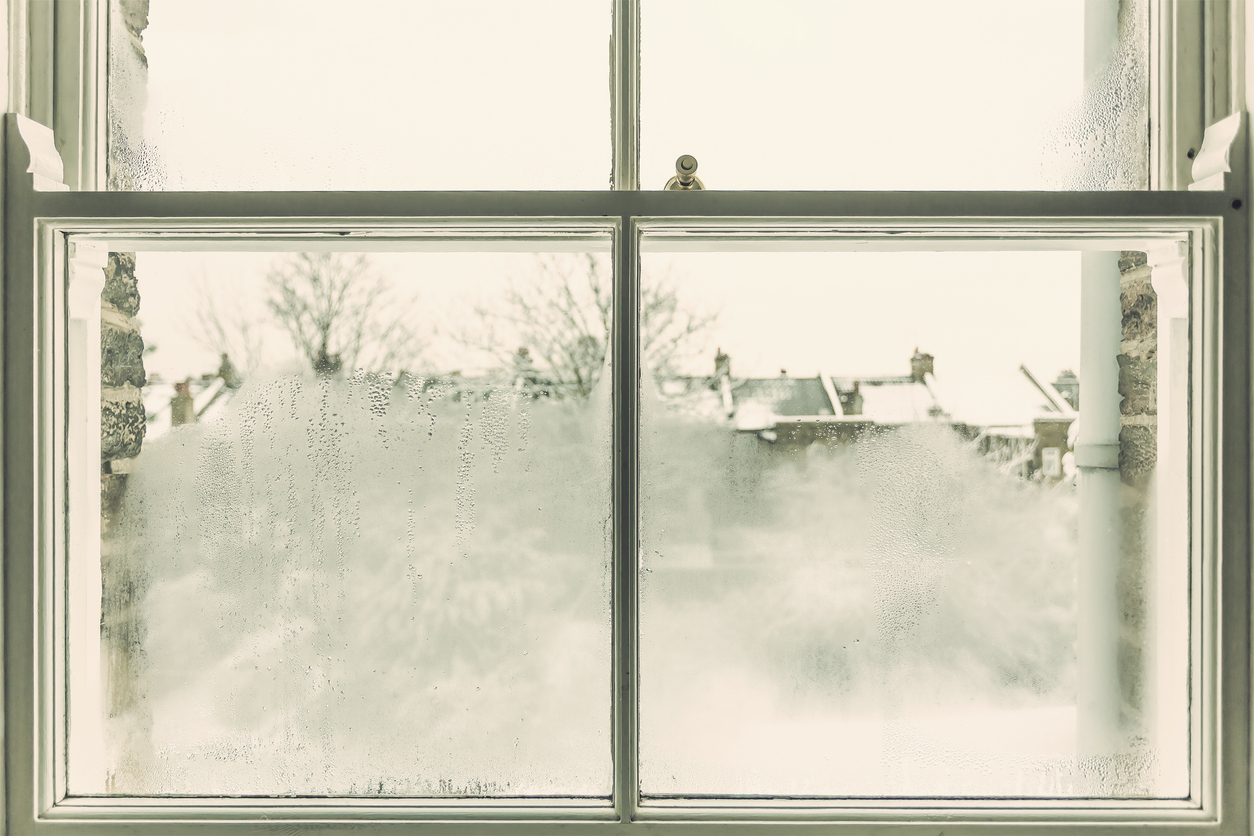 how to fix a window with condensation